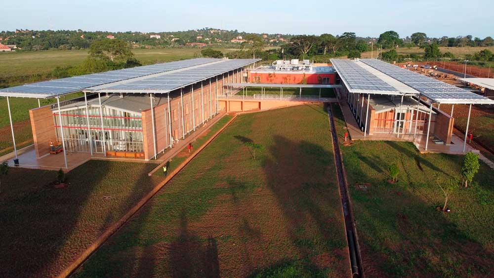 Centro di Chirurgia Pediatrica di Emergency a Entebbe (Uganda)